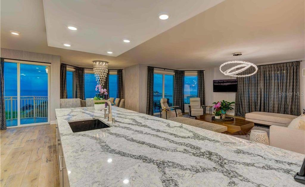 Stunning one-of-a-kind condo in St. Petersburg's prestigious Vinoy Place