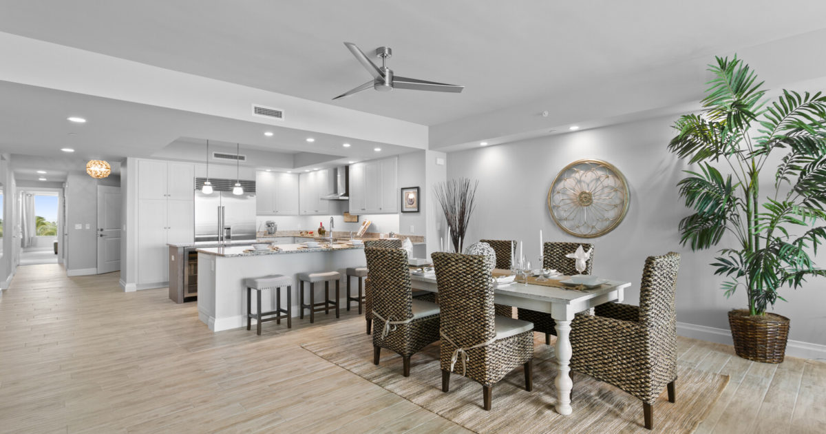 Beautiful Beachfront Condo In Exclusive Sunset Pointe At Collany Key On Tierra Verde